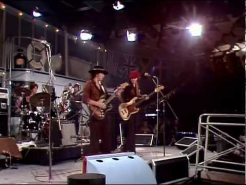 stevie ray vaughan live at montreux 1982 full concert youtube. Black Bedroom Furniture Sets. Home Design Ideas
