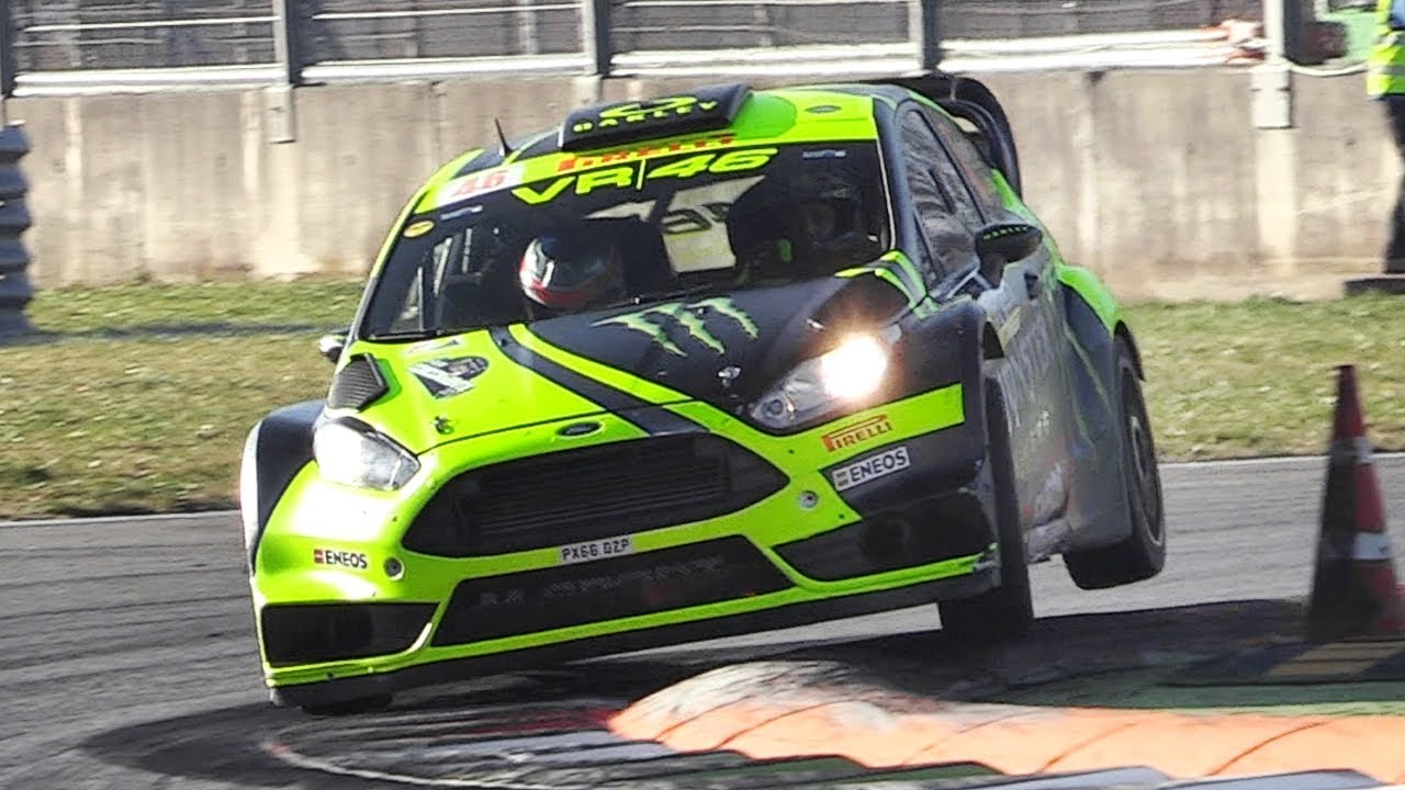 Valentino Rossi In Action Driving a Ford Fiesta RS WRC at 2017 ...