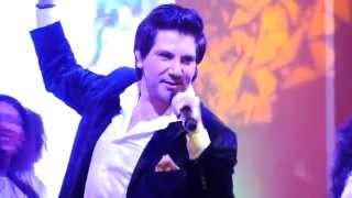 Авраам Руссо в казино Макао (полная версия выступления)