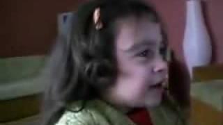 Süper mario oynayan küçük Kız çıldırıyor (Allah Belanı Versin Mario)