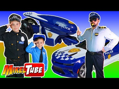 Los cadetes  Mikel y Leo dan su clase de conducción policial con Juguetes R/C Patrol  y Turbo Police