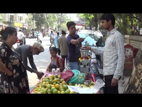Fresh Orange Juice Is The Popular Street Drink Of Borivali, Mumbai, India.