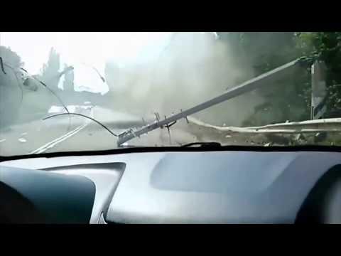 Авария Трала! ТОРМОЗИТЕ ИДИОТЫ!!! Авария Сука Жесть (18+)