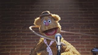 Fozzie's Bear-ly Funny Fridays #14 | Fozzie Bear Jokes | The Muppets