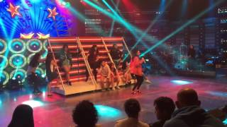 Showtime dancers rehearsal with Sarah G.