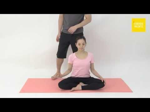 34三角筋肩甲棘部のストレッチ指導法