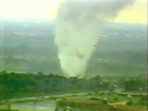 Brooklyn Park - Fridley, Minnesota Tornado 7-18-86 (Helicopter Footage)