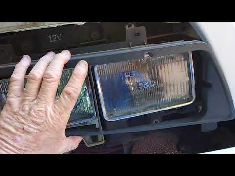 Isuzu NPR HD Headlight replacement