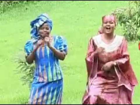 Download Ev. PEACE MULU - NINAYO SABABU (Official Video)