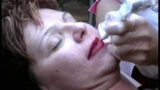 Permanent makeup full lips lipliner maquillage permanent contour des lèvres et bouche complète Thumbnail