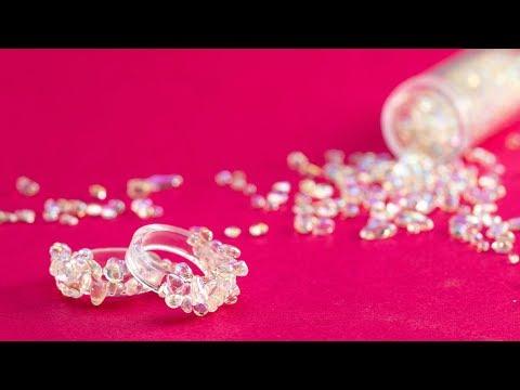 """Clear"" Trend! DIY Clear Resin Ring シンプルなのにお目立ち!! 粒ガラスのレジンリング"