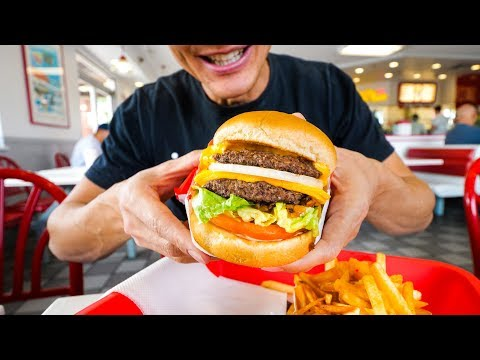 In-N-Out Burger VS. Five Guys (American Fast Food Review!)
