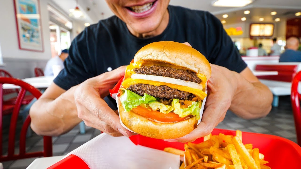In N Out Burger Vs Five Guys American Fast Food Review Youtube