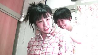 【脱力】26歳女性に肩たたき&胸伸ばし【りらく屋】