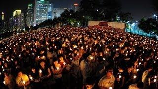 Десятки тысяч человек почтили память студентов (новости)(http://www.ntdtv.ru Десятки тысяч человек почтили память студентов. Десятки тысяч человек, несмотря на проливной..., 2013-06-05T12:19:07.000Z)
