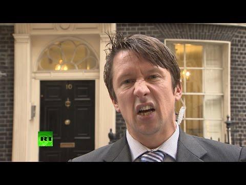 'Clammy-faced Etonian pig-fucker makes me queasy' - Jonathan Pie