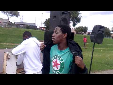Bishop Never Mind, Riser Mrapper and Mbhobho @ the1685  Hip Hop session