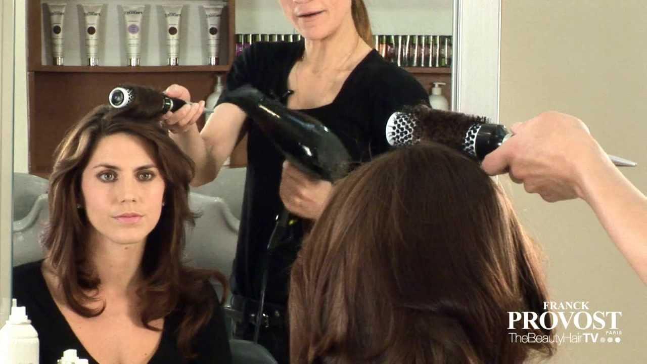 Brushing souple et glamour youtube - Comment faire un brushing ...