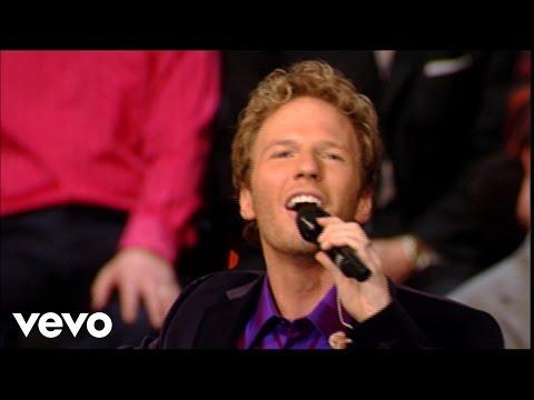 Gaither Vocal Band - Jesus Loves Me [Live]