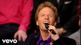 Watch Gaither Vocal Band Jesus Loves Me video