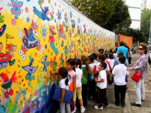 Mural de sergio vergara para los ni os de sevilla youtube - Murales para ninos ...