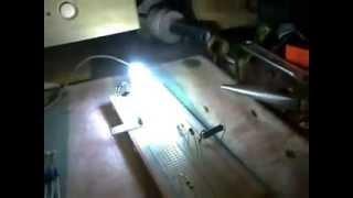 Encender uno y varios Led con 220 voltios.