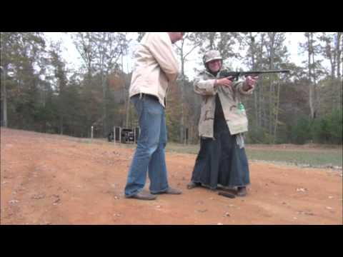 Shooting the Thompson Model 1927A1 from Auto-Ordnance