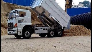 RC Tamiya Dump truck-- Hino 700