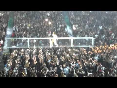 Rihanna-ANTI WORLD TOUR Vancouver Concert