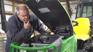 deere-1025r-internal-changes-more-extensive-than-i-thought-vs-2014