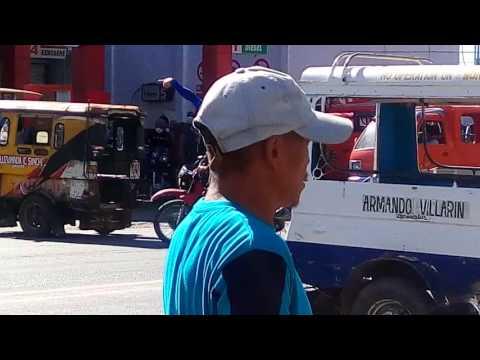 Valencia City,Bukidnon Dancing Traffic Enforcers