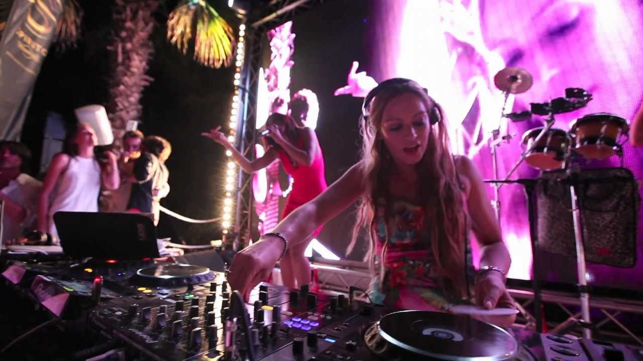 High on Heels - Live at Nikki Beach St Tropez Belgian Party