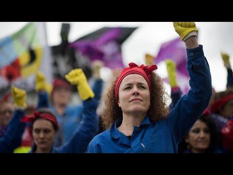 اليوم العالمي لحقوق المرأة: مظاهرات للنساء عبر العالم للمطالبة بالمساواة مع الرجل ووقف العنف ضدهن