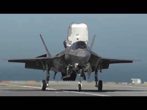 Истребитель F-35 вертикальный взлет и посадка | F35 Lightning Jets