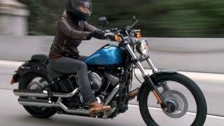 Los Angeles Times Motor Minute: 2011 Harley-Davidson Blackline - Reviewed by Susan Carpenter