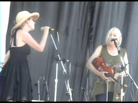 Laurie Lewis invites Aoife O'Donovan to sing Hazel Dicken's Pretty Bird.