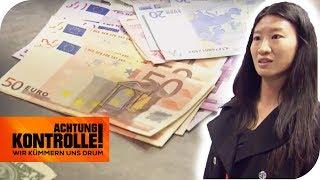 Vielfliegerin mit viel Bargeld im Zoll: Hat sie zu viel Geld dabei? | Achtung Kontrolle | kabel eins