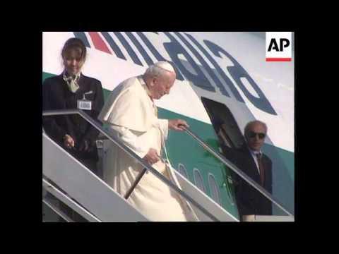 Italy -  Pope returns form Cuba trip