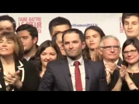 French Socialist Party holds second primary round of presidential election