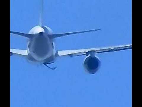 FLY JAMAICA 757 landing gear doors problems taking off at JFK. - YouTube