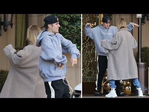 Justin Bieber And Hailey Baldwin Have A DANCE-OFF At The Valet - EXCLUSIVE Mp3