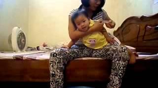 Cách rửa mũi cho bé trên 1 tuổi - How to clean your baby's nose