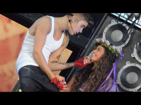Justin Bieber- One Less Lonely Girl 7/30/13 Prudential Center Newark, New Jersey