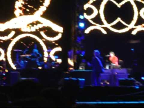 Paul McCartney Live At The Parque Bela Vista, Lisbon, Portugal (Friday 28th May 2004)