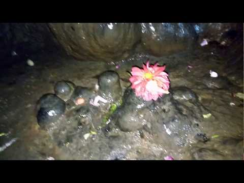 पाताल भुवनेश्वर ... ज़मीन के नीचे भगवान शिव का रहस्यमयी लोक .... Patal Bhuvneshwar Cave Temple