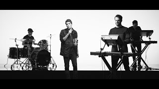 """#TommyXTheChainsmokers 