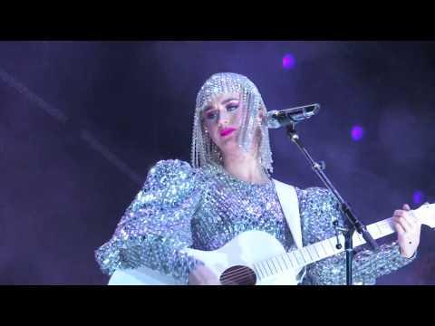 Thinking Of You , Katy Perry , Porto Alegre , Arena Do Grêmio , 14/03/2018, Witness The Tour