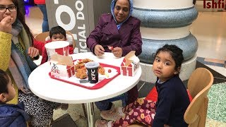 Ishfi had Lunch at KFC with Family