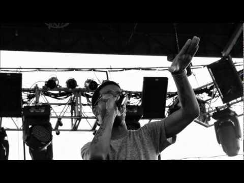 Kid Cudi - Ho' Is Short For Honey (Feat. 88 Keys)