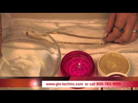 How to clean a Gold or Silver Necklace
